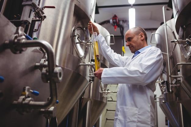 Fabrikant onderzoekt bier