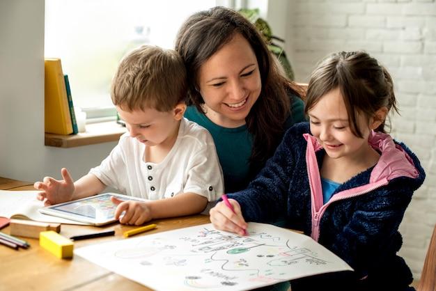 Familie besteden tijd geluk vakantie samenhorigheid