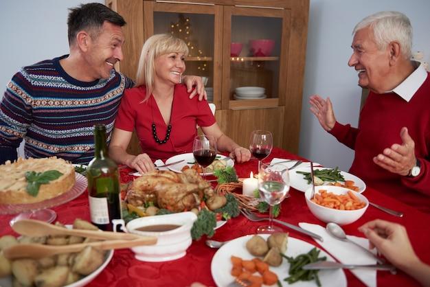 Familie tijd in kersttijd