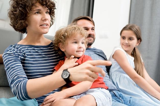 Familie tv-kijken