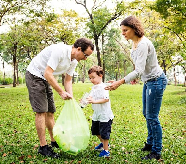 Family volunteer charity leisure activity