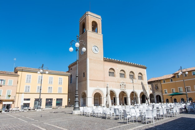 Fano, pesaro, marche, italië. palazzo del podesta