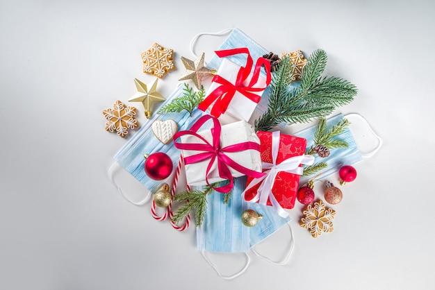 Feestelijke kerst achtergrond met gezichtsmasker en decor