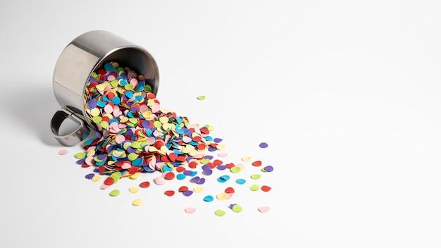 Feestelijke mooie confetti compositie