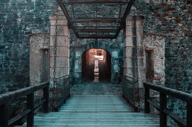 Fenestrelle's fort-ingang, italië