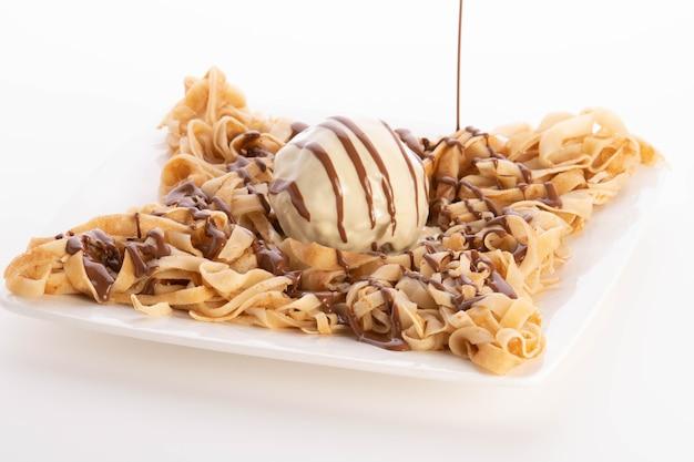 Fettuccine crêpe chocolade eten