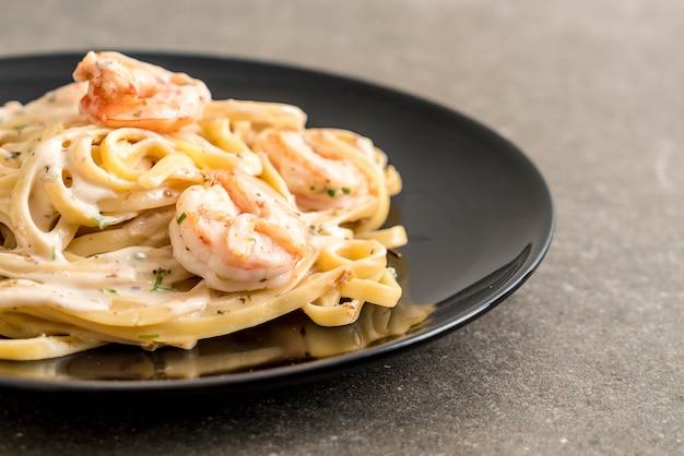 Fettuccini pasta met garnalen