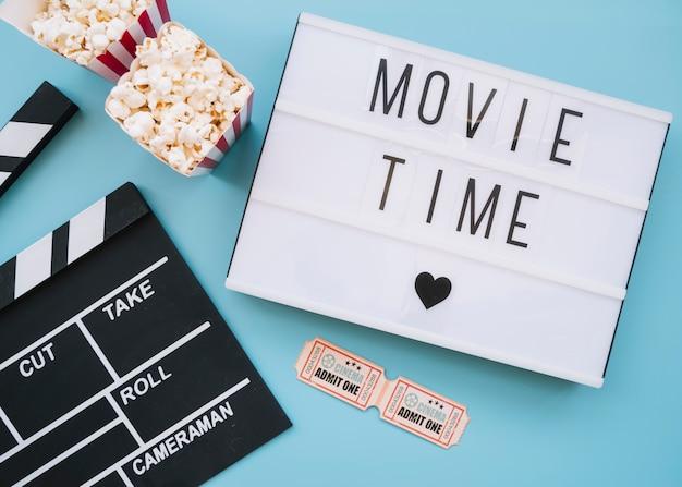 Filmbord met bioscoopelementen