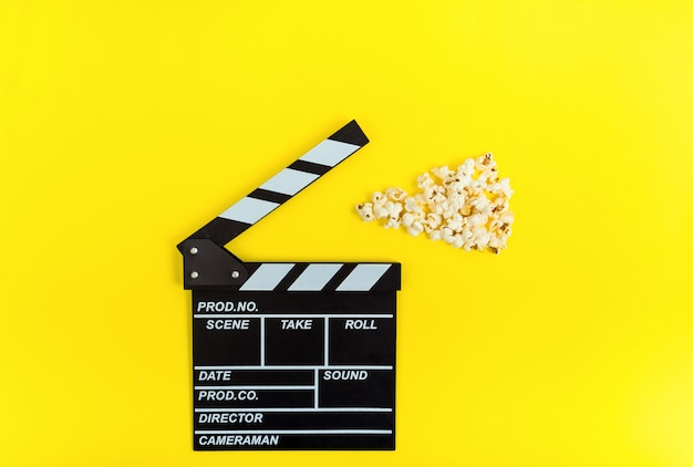 Filmklapper en popcorns