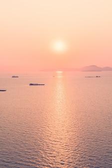 Filter licht mooie zonlicht zonsondergang