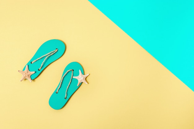 Fip-flops en zeesterren