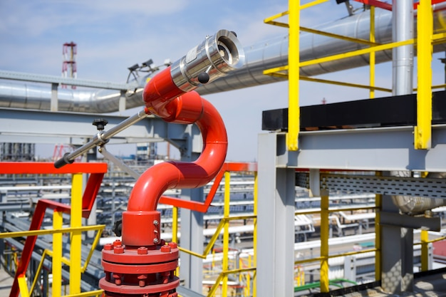 Fireplug voor drukbrand bij de raffinaderij