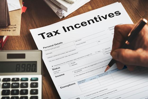 Fiscaal incentive audit voordeel contant betaling inkomen concept