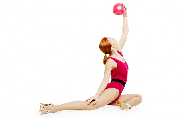 Fitness model met bal