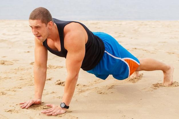 Fitness op het strand