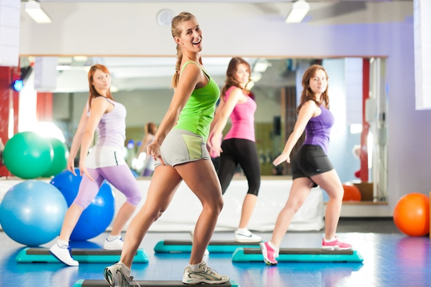 Fitness - training en training in de sportschool