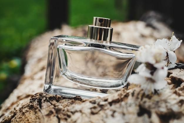 Fles moderne parfum