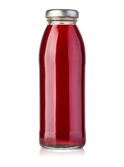 Fles rood sap dat op wit wordt geïsoleerd