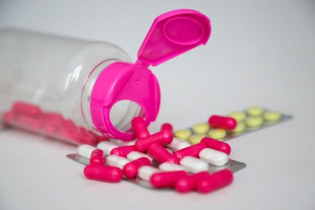 Flesje medicijn voor covid 19