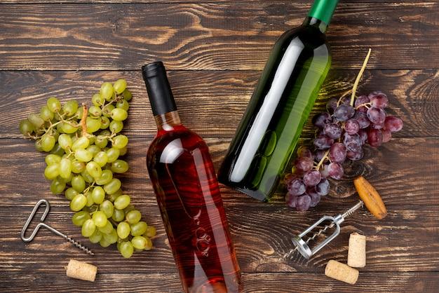 Flessen wijn gemaakt van biologische druiven