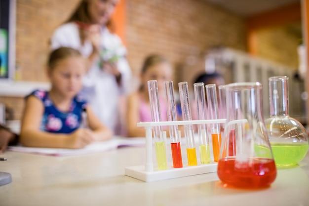 Focus op chemische objecten