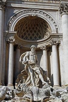 Fontana di trevi, rome, italië