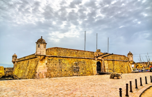 Fort van ponta da bandeira in lagos, portugal