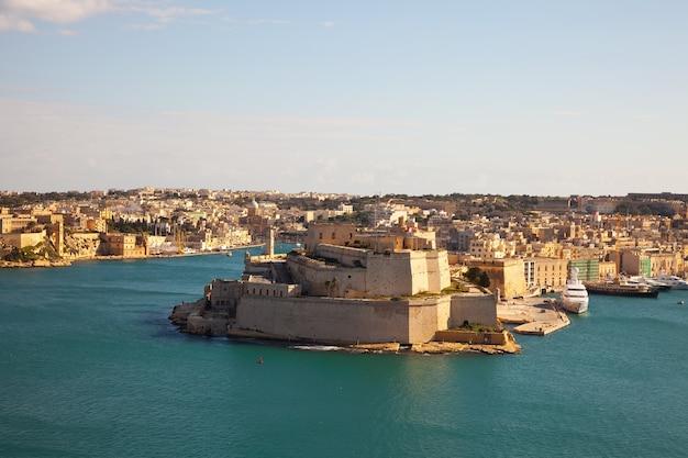 Fort van vittoriosa en de grote haven