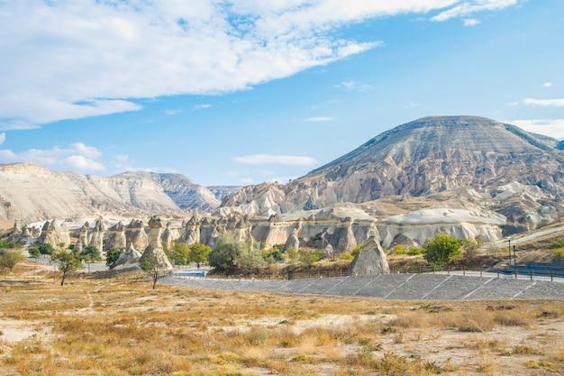 Foto cappadocia valley view nationaal park. hoge kwaliteit foto