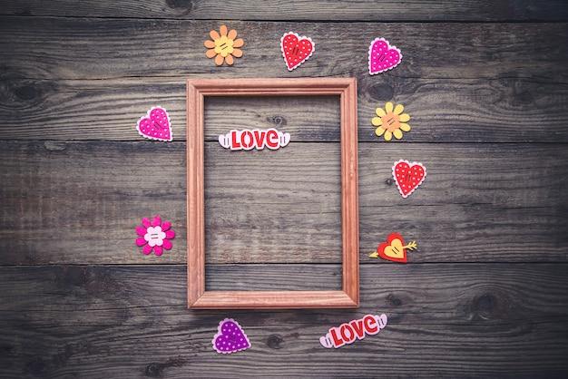 Foto tot valentijnsdag met frame en harten