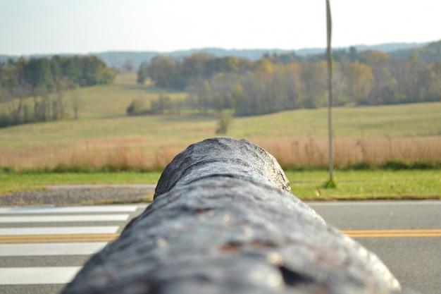 Foto van een kanon vallen tijdens de val op valley forge, philadelphia, pa