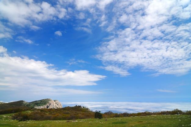 Foto vanaf de top van de berg, mooie horizon