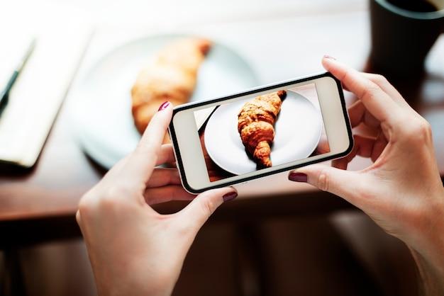 Fotografie foto schot croissant bakkerij concept