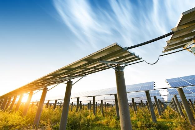 Fotovoltaïsche panelen voor duurzame elektrische productie, navarra, aragon, spanje.