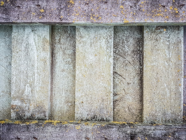 Fragment van de muur van de oude stenen gebouwen