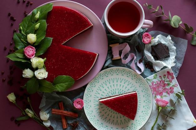 Frambozenkaastaart met groene thee