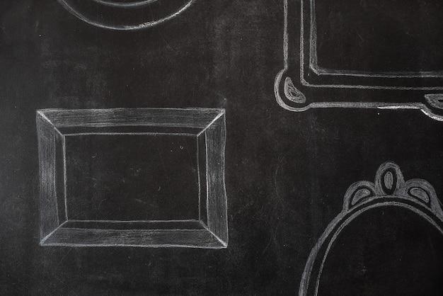 Frame is getekend met krijt op een zwarte bord. de banner is een gestileerde schilderij.