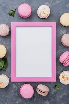 Frame met assortiment macarons