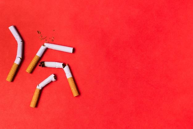 Frame van gebroken sigaretten