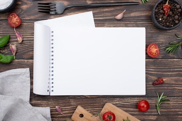 Frame van gezonde ingrediënten voor het koken op tafel