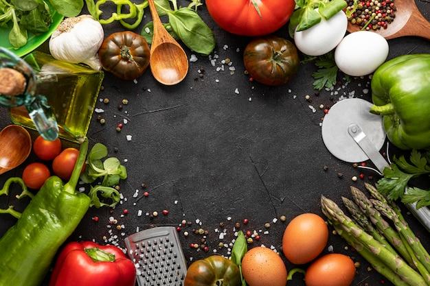 Frame van groenten voor pizza