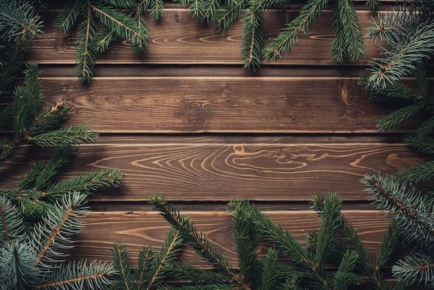 Frame van takken van de kerstboom met kopie ruimte