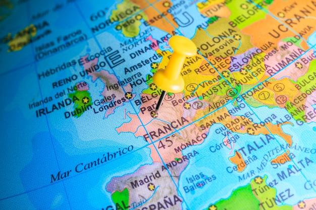 Frankrijk gevestigd op een kaart van europa