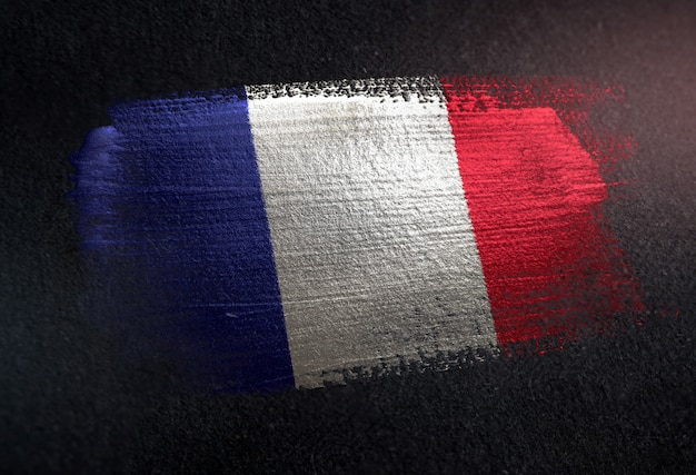 Frankrijk vlag gemaakt van metalen borstel verf op grunge donkere muur