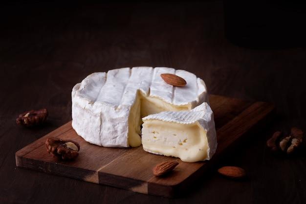 Franse kaas camembert