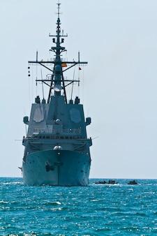 Fregat f-101 alvaro de bazan