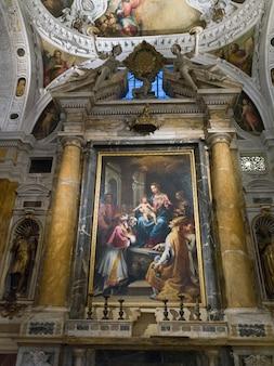 Fresco's op muur, museo dell'opera del duomo, siena, toscane, italië
