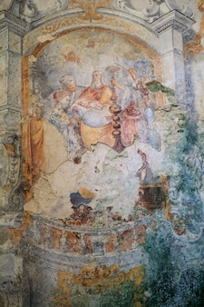 Fresco's van carmine church, erice