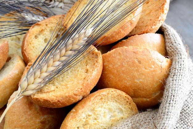 Freselle van brood in zak