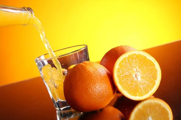 Fris oranje drankje